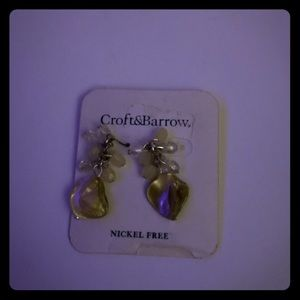 NWT Croft & Barrow yellow nickel free earrings